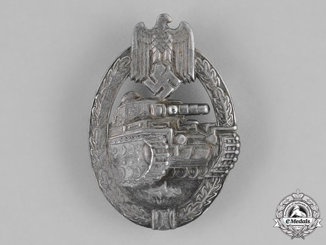 Panzer Assault Badge, in Silver, by B. H. Mayer Obverse