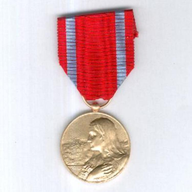 Gilded bronze medal obv3
