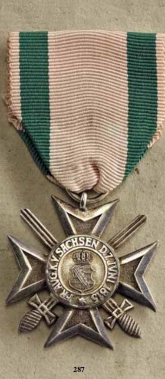 Silver+merit+medal+with+swords%2c+obv+