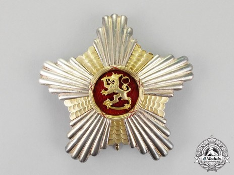 Order of the Lion of Finland, Civil Division, Commander Grand Cross Breast Star Obverse