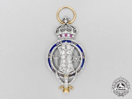 Royal Family Order, Grand Cross