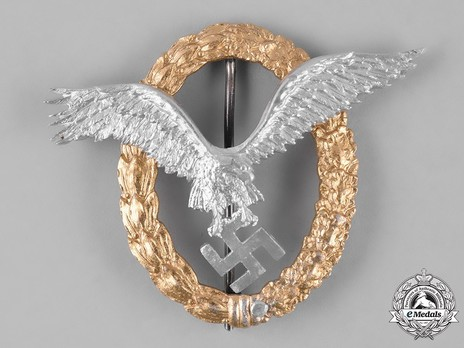 Combined Pilot/Observer Badge (2nd Model) (in aluminum) Obverse