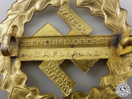 SA Sports Badge, Type III, in Gold Reverse