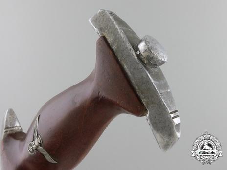 NPEA Leader Dagger with Chain Hanger Pommel