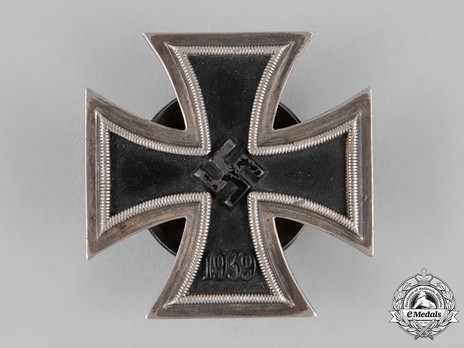 Iron Cross I Class, by P. Meybauer (screwback, marked) Obverse