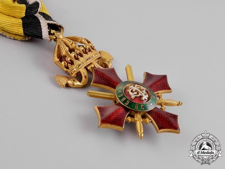 Order of Military Merit, IV Class Obverse
