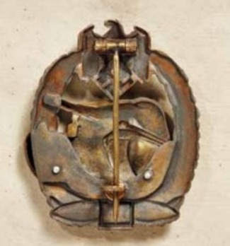 "Panzer Assault Badge, ""100"", in Bronze (by Juncker) Reverse"