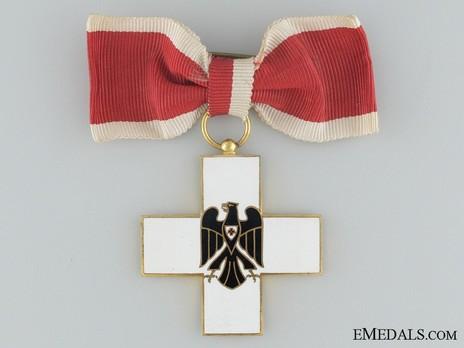 Cross of Honour of the German Red Cross, Type II, Ladies Cross Obverse