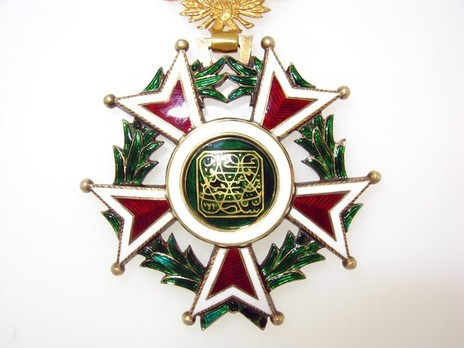 Order of the Brilliant Star of Zanzibar, Type VI, I Class Reverse