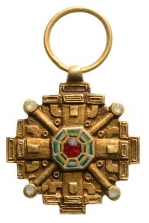 Miniature cross obv