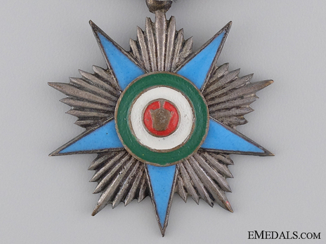 Order of Glory (Nishan-i-Iftikhar), Silver Star Obverse
