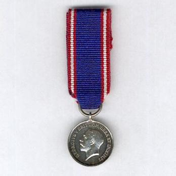 Miniature Silver Medal (1910-1936) Obverse