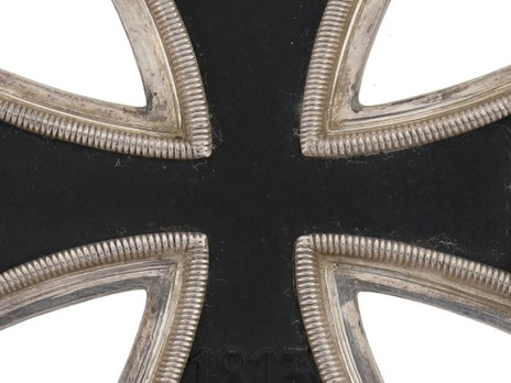 Knight's Cross of the Iron Cross, by C. E. Juncker (800) Reverse