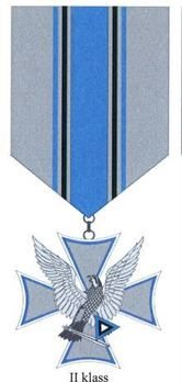 Air Force Merit Cross, II Class (for 5 Years) Obverse