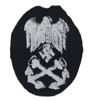 Kriegsmarine Officials' Elevated Career Nautical Service Insignia Obverse