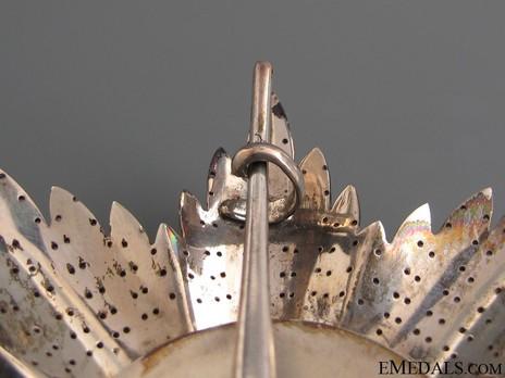 Order of the Redeemer, Type II, Grand Cross Breast Star Reverse Detail