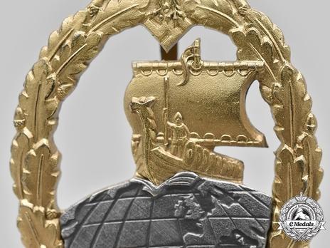 Naval Auxiliary Cruiser War Badge, by Förster & Barth Detail