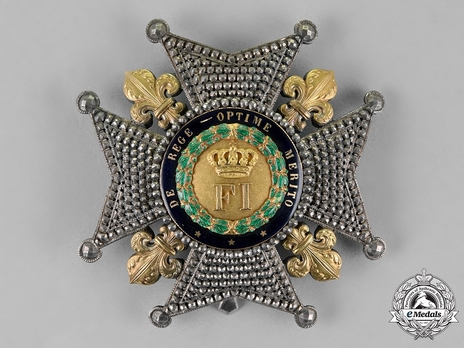 Royal Order of Francis I, Grand Cross Breast Star Obverse