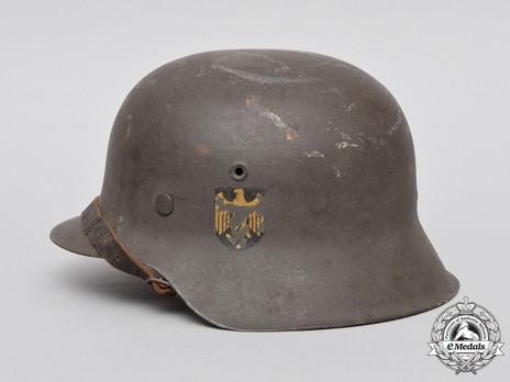 Kriegsmarine Steel Helmet M42 Left