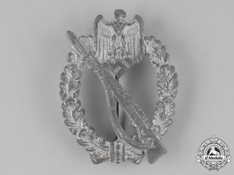 Infantry Assault Badge, by H. Aurich (in silver) Obverse