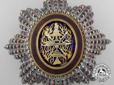National Order of Independence, Grand Officer Breast Star Obverse