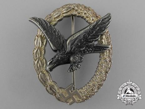 Air Gunner & Flight Engineer Badge, by Berg & Nolte (in tombac) Obverse