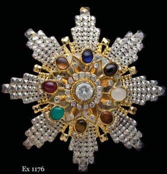 Pendant Breast Star (Male issue) Obverse