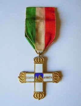 "Commemorative Cross for the 4th Army (stamped ""L. FASSINO TORINO"") Obverse"
