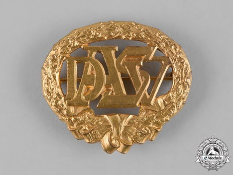German Heavy Athletics Sports Badge, Type I, in Gold Obverse
