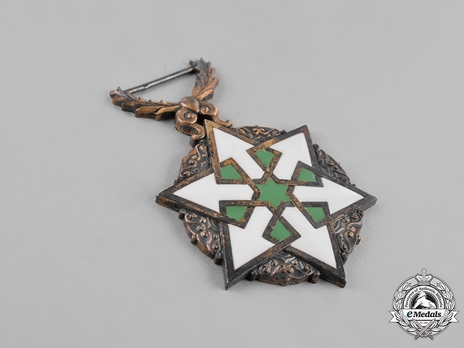 Order of Civil Merit (Wisam al-Satahaqaq al-Sun), IV Class Knight Obverse