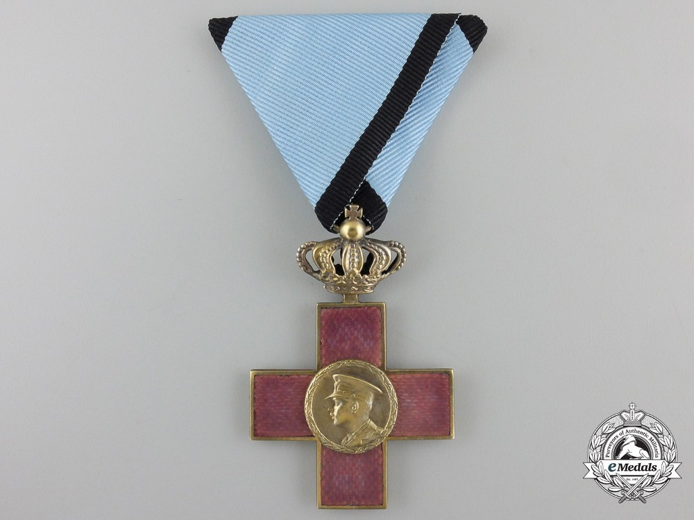 Order+of+cultural+merit%2c+type+i%2c+i+class+knight%27s+cross+with+crown+1