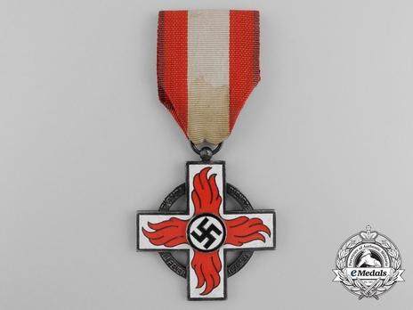 Fire Brigade Honour Badge, II Class (1938-1945) Obverse