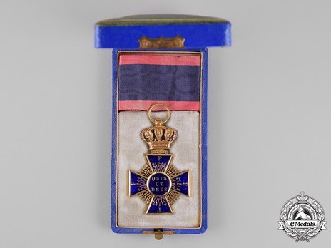 Royal Order of Merit of St. Michael, I Class Knight Cross Case of Issue Obverse