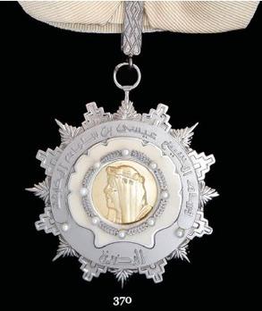 Order of Sheikh Issa (Wisam al-Shaikh 'Isa bin Salman Al Khalifa), III Class Commander