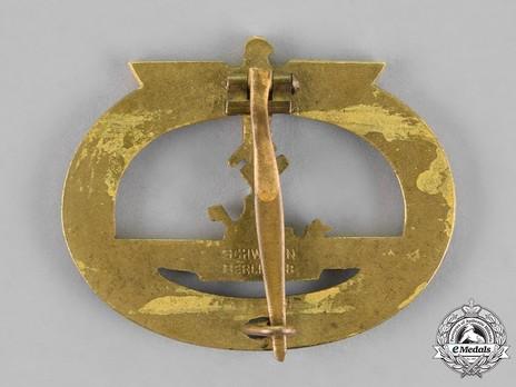 Submarine War Badge, by C. Schwerin Reverse