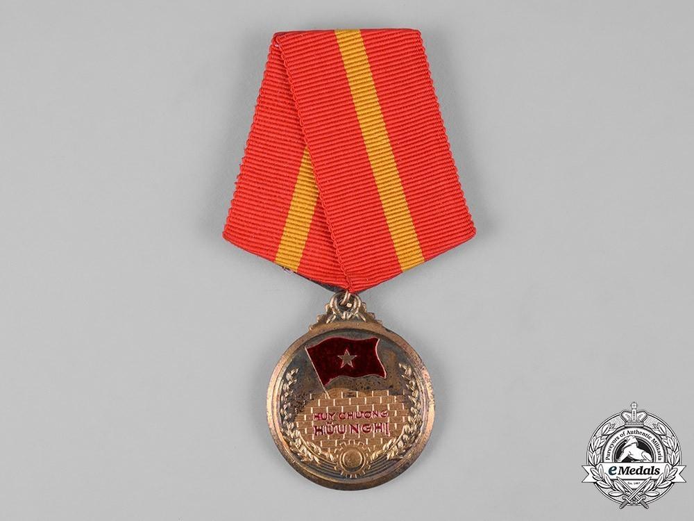 Vietnam+friendship+medal+1