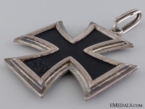 Knight's Cross of the Iron Cross, by C. F. Zimmermann (800 20) Reverse