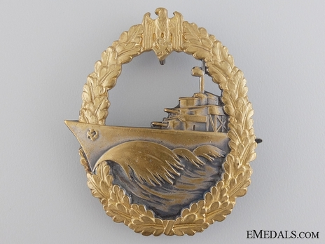 Destroyer War Badge, by W. Deumer (marked version) Obverse