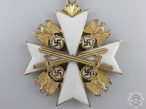 III Class Cross with Swords Obverse