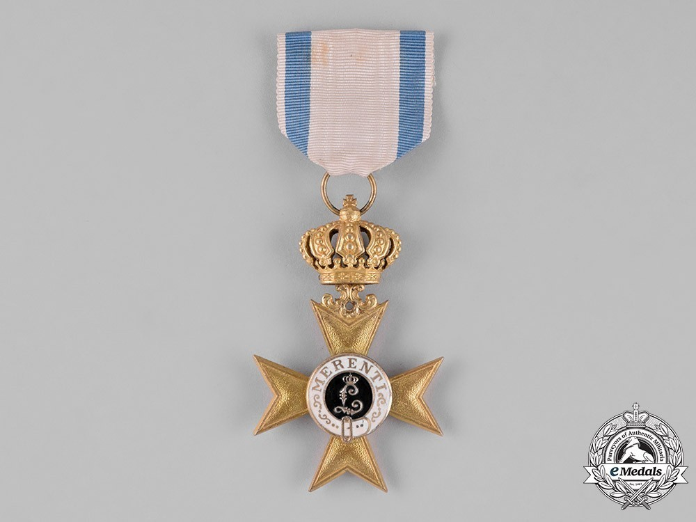 Order+of+military+merit%2c+i+class+military+merit+cross+%28with+crown%29+1