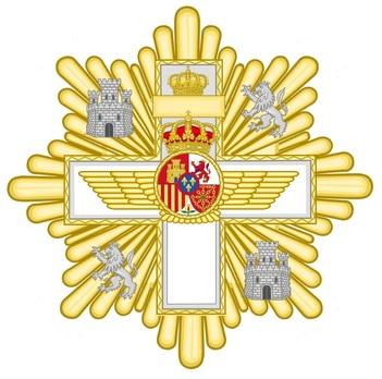 Grand Cross Breast Star (white distinction) Obverse