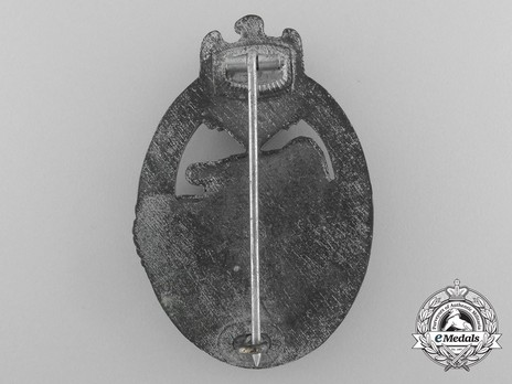 Panzer Assault Badge, in Silver, by Hymmen Reverse