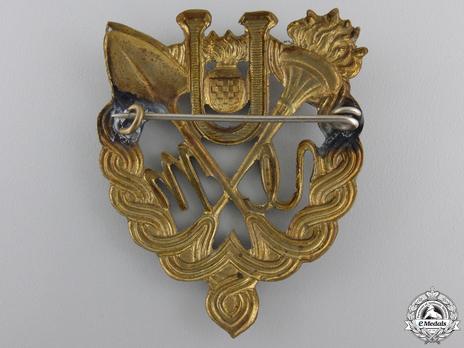 Bronze Gilt Badge Reverse