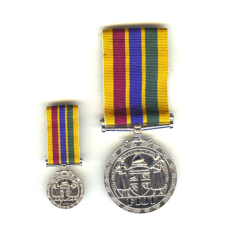 Fiji+meritorious+service+award+lpm