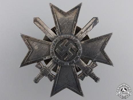 War Merit Cross I Class with Swords, by C. F. Zimmermann (zinc, screwback) Obverse