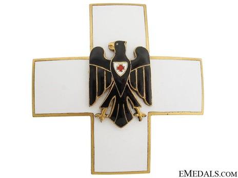 Cross of Honour of the German Red Cross, Type II, Merit Cross Obverse
