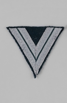 German Army Obergefreiter with less than six years of service Chevron Obverse