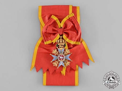 Dukely Order of Henry the Lion, Grand Cross (in gold) Obverse with Ribbon