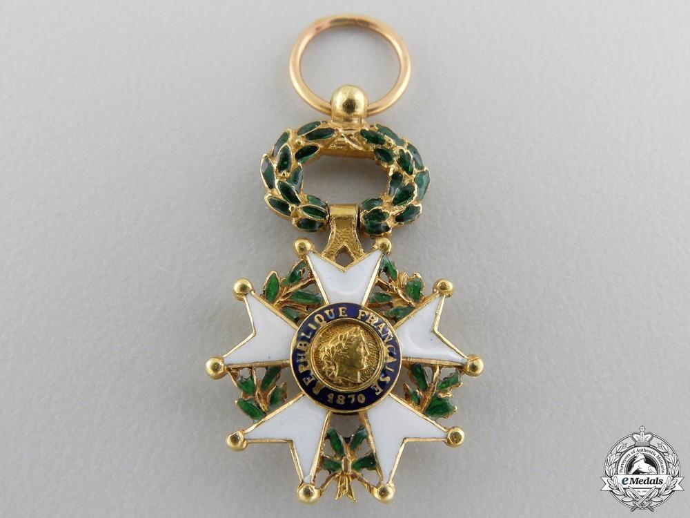 A miniature fren 554bada4eac68
