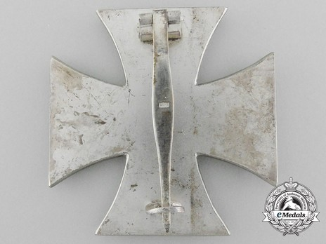 Iron Cross I Class, by F. Orth (15, magnetic) Reverse